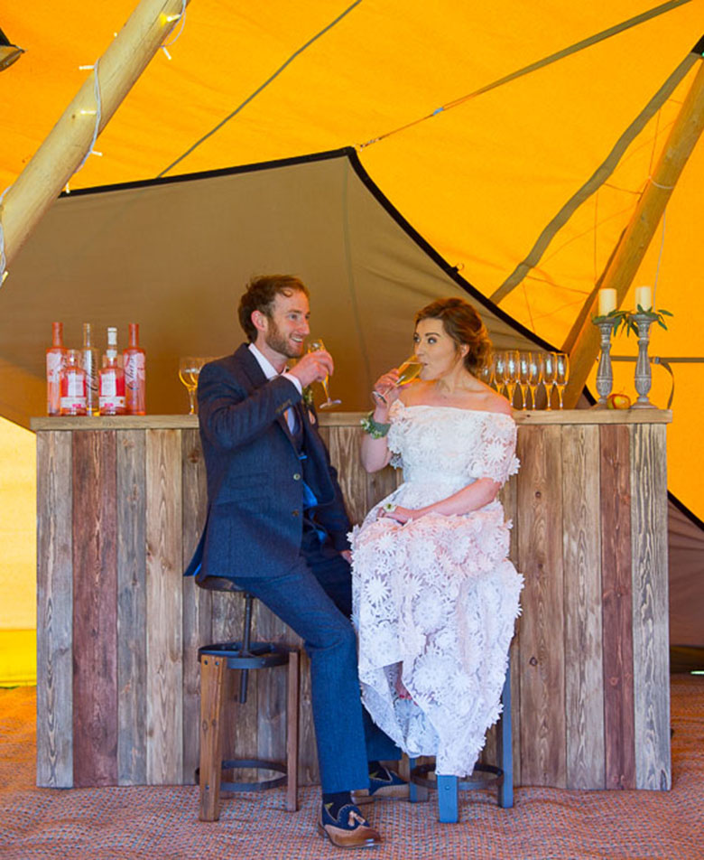 Wedding Couple Tipi Wedding Bar Scene