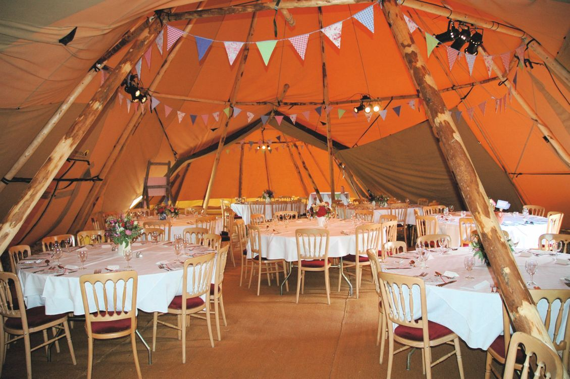 3 Hat Tipi Wedding Venue - The Orchard at Munsley