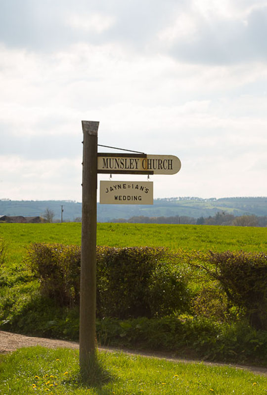 Munsley Village Sign